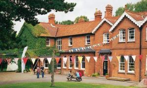 summerhill-school